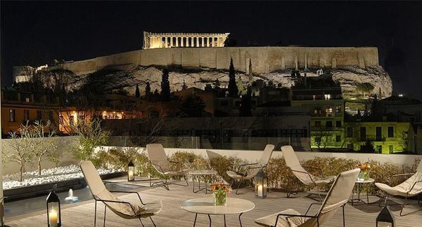 Island hopping in Greece - Herodion Hotel in Athens