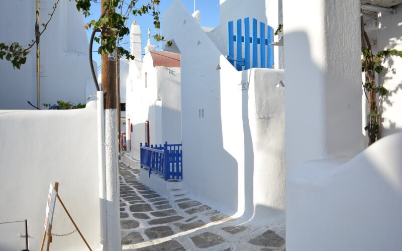alley in Mykonos Island